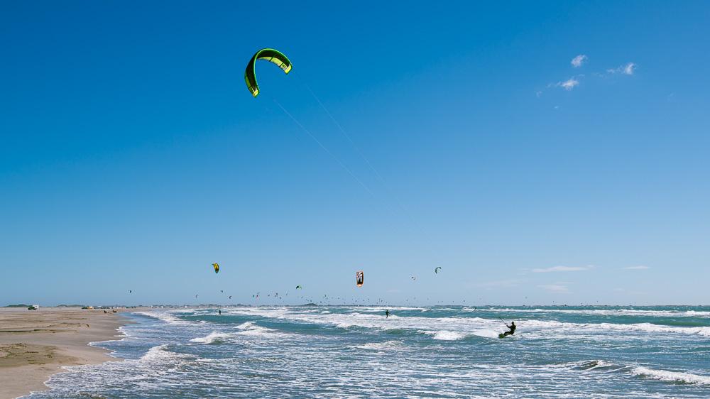 Kitesurfer in der Camargue
