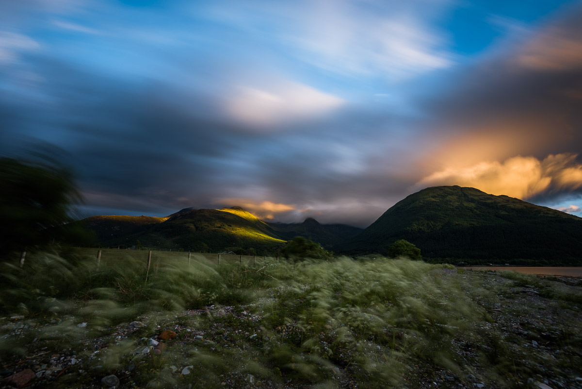 Gebirgskette hinter South Ballachulish (Glen Coe)