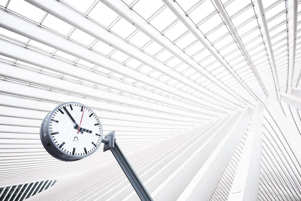Architektur am Hauptbahnhof in Lüttich (Belgien)